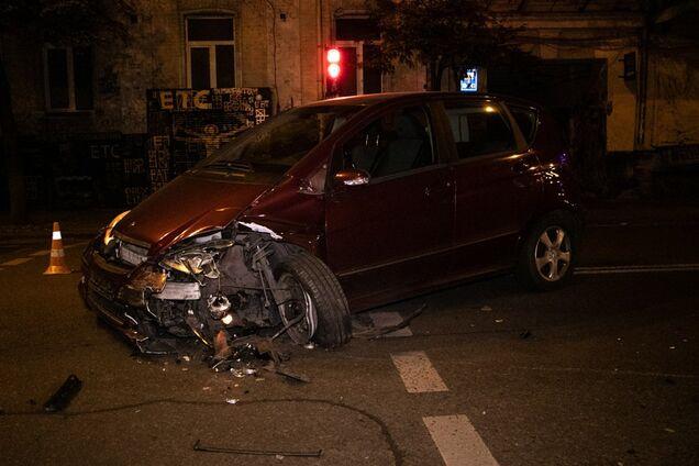 У центрі Києва п'яна водійка влаштувала жорстку ДТП