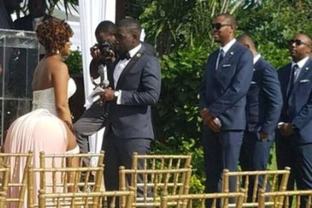 Фото невесты вызвало недоумение в сети