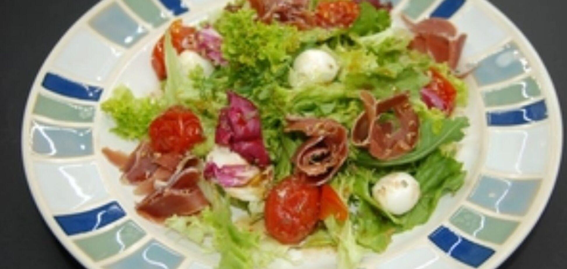 Рецепт смачного італійського салату