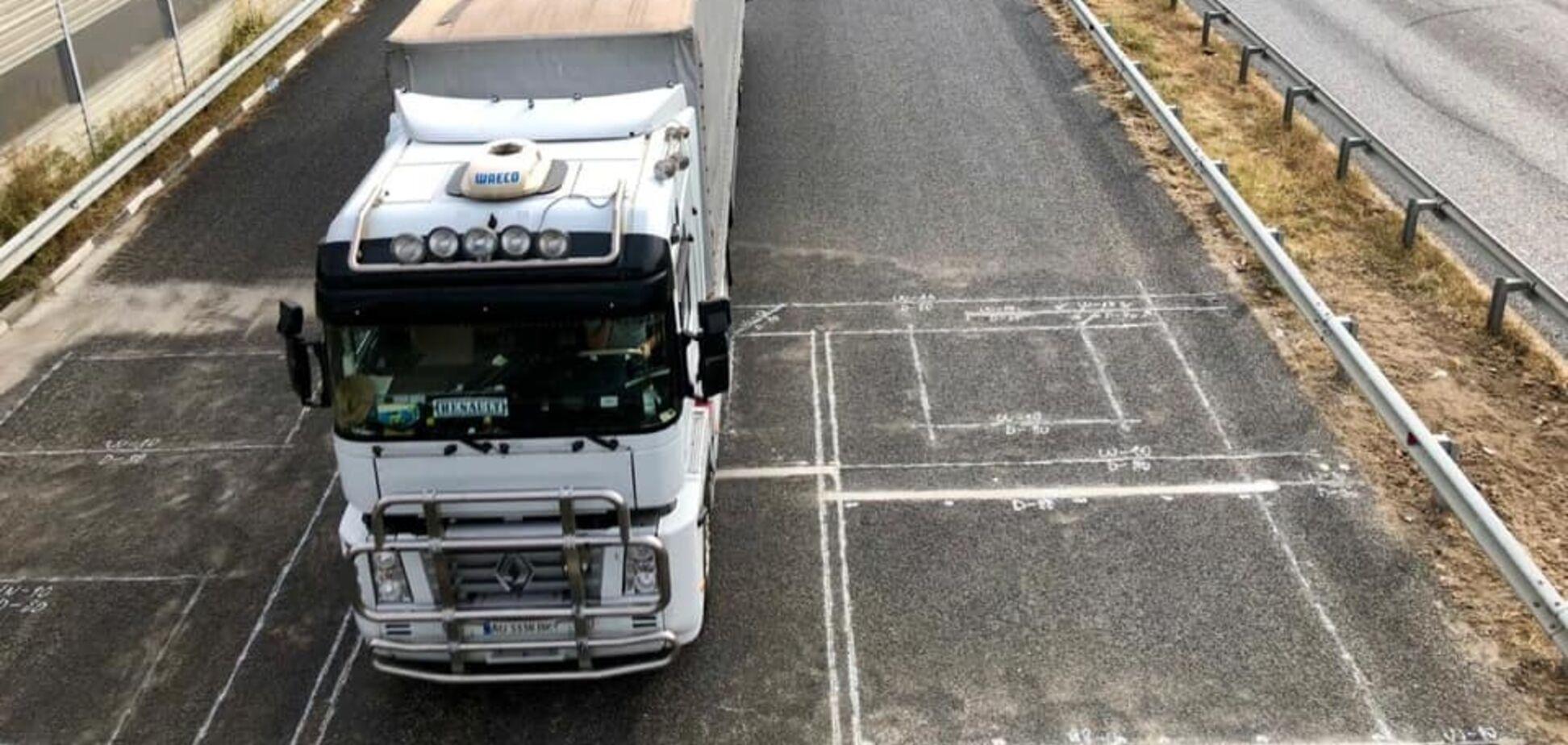В Украине ввели штрафы за перегруз на дорогах: все нюансы