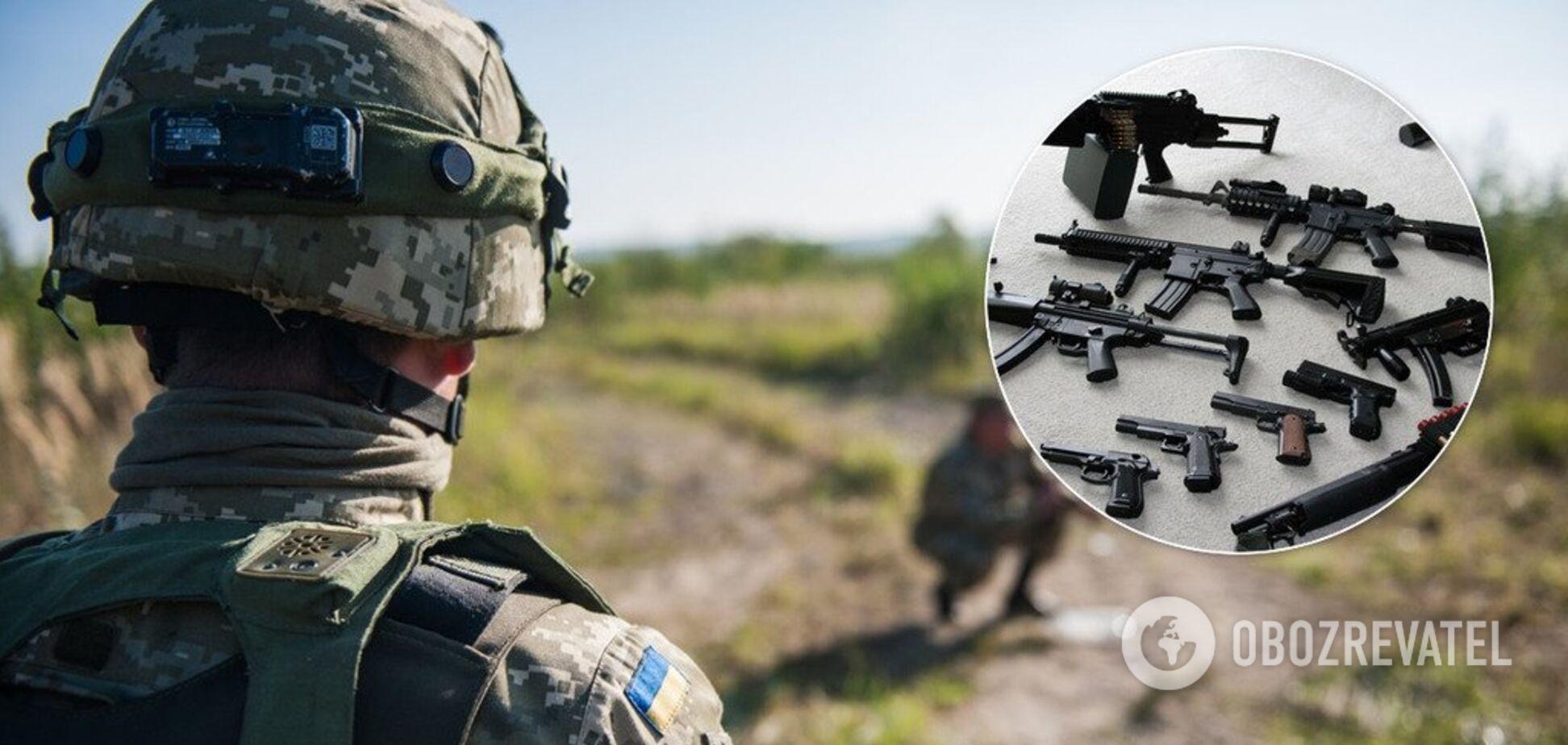 В Україні колишній військовий продавав зброю із зони ООС