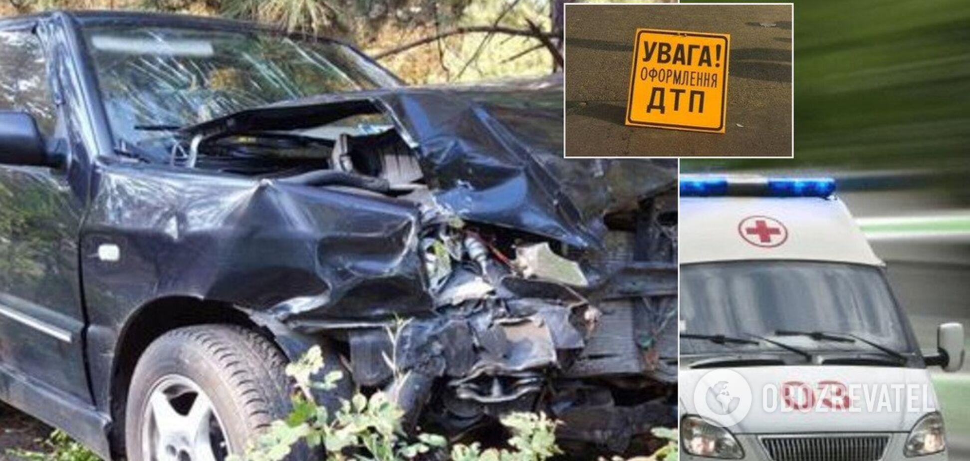 Розбиті голови і розтрощені авто: в Кривому Розі трапилася серйозна ДТП