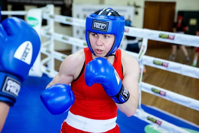 Женская сборная Украины по боксу устроила бойкот в РФ
