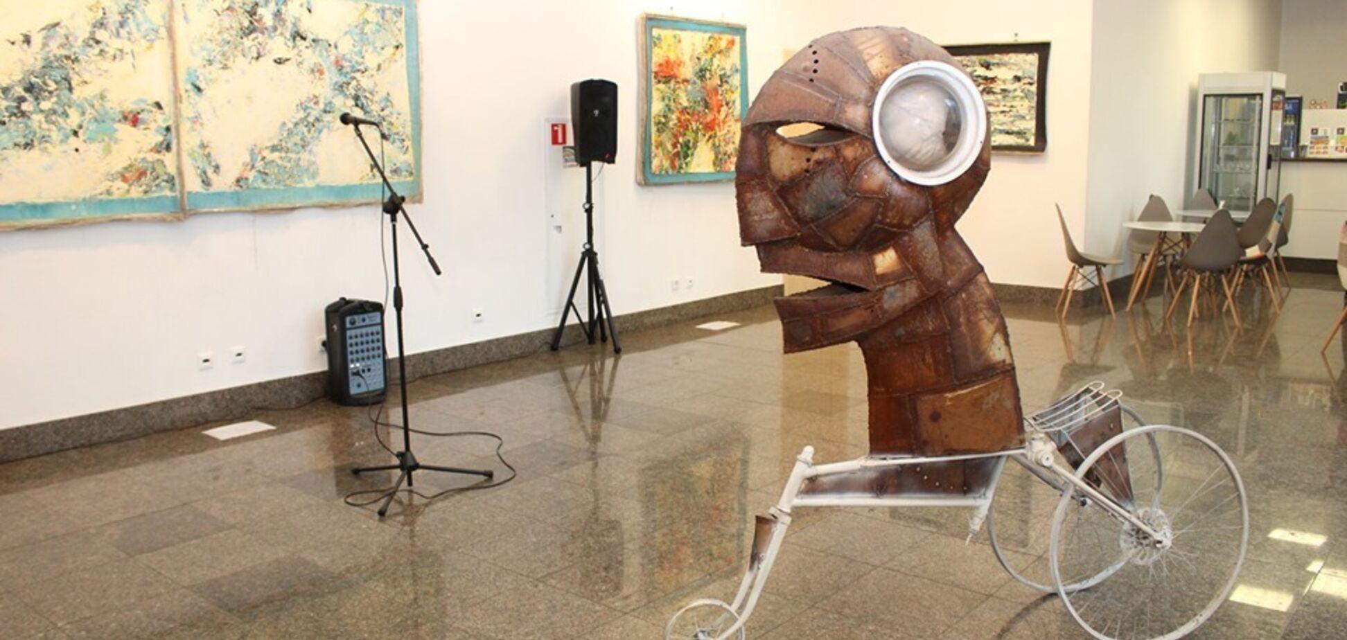 В Киеве открылась выставка с философским смыслом: первые фото