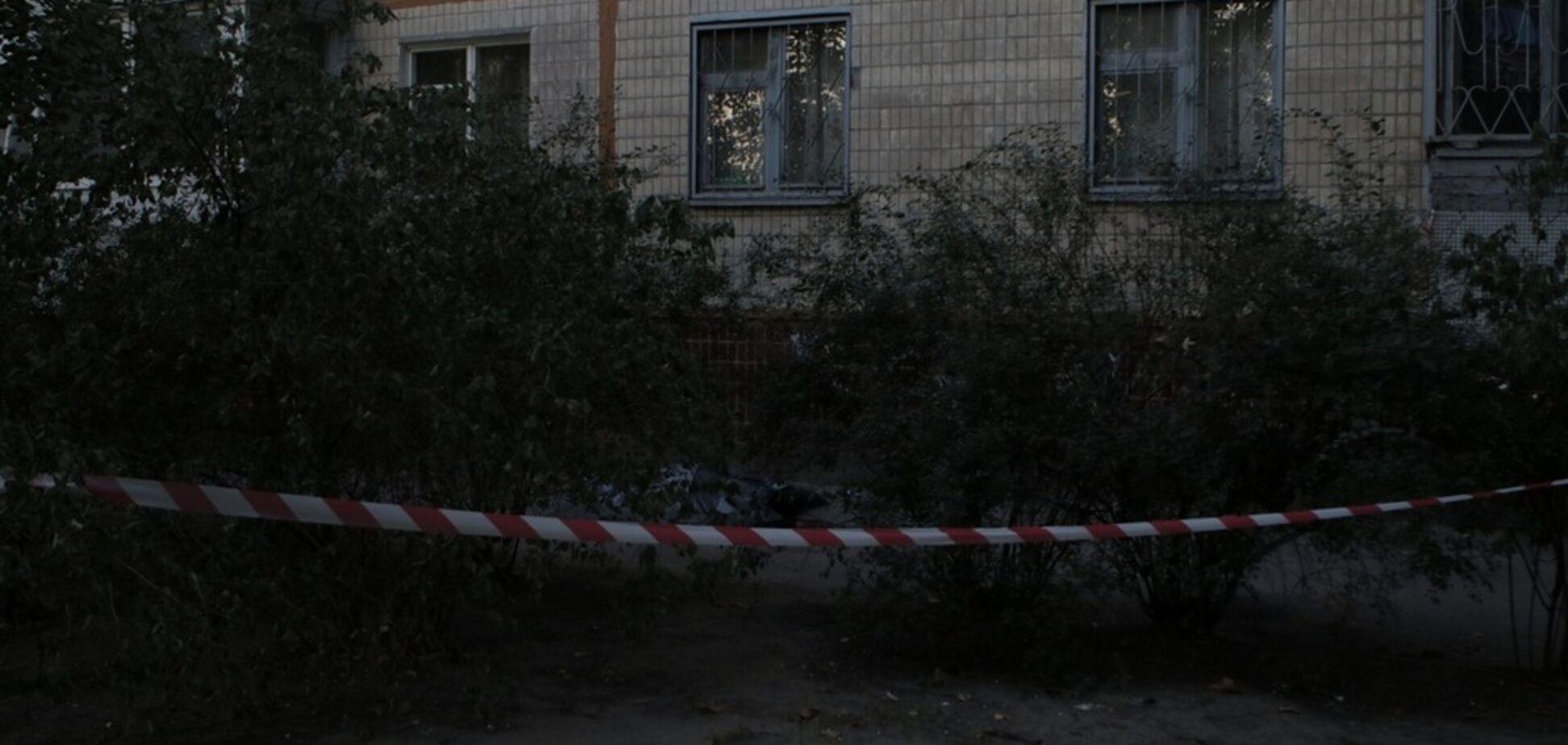 У Дніпрі за загадкових обставин загинула жінка: фото 18+
