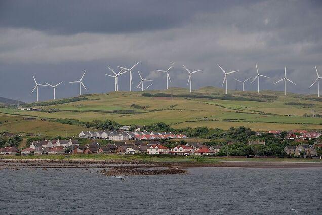 """Европейская страна полностью перейдет на """"зеленую энергетику"""""""