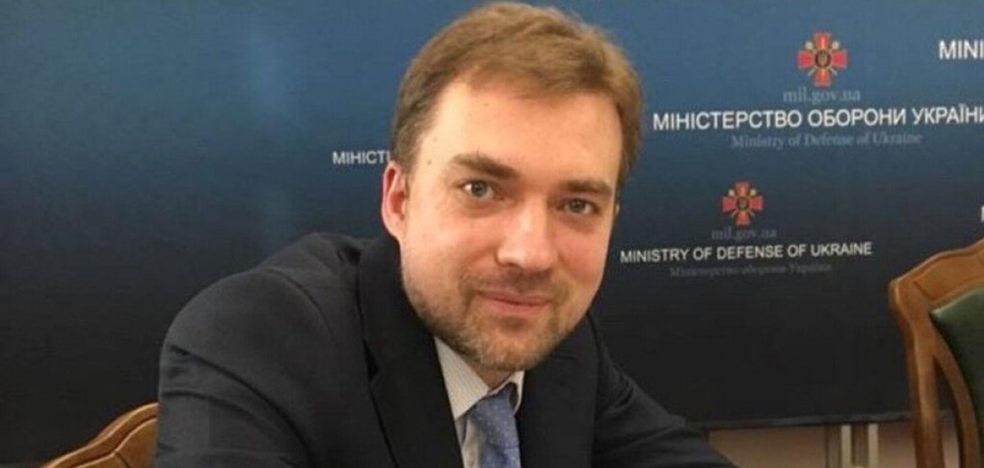 Устроил истерику: Загороднюк отказался отвечать на вопрос о закупке бронетехники