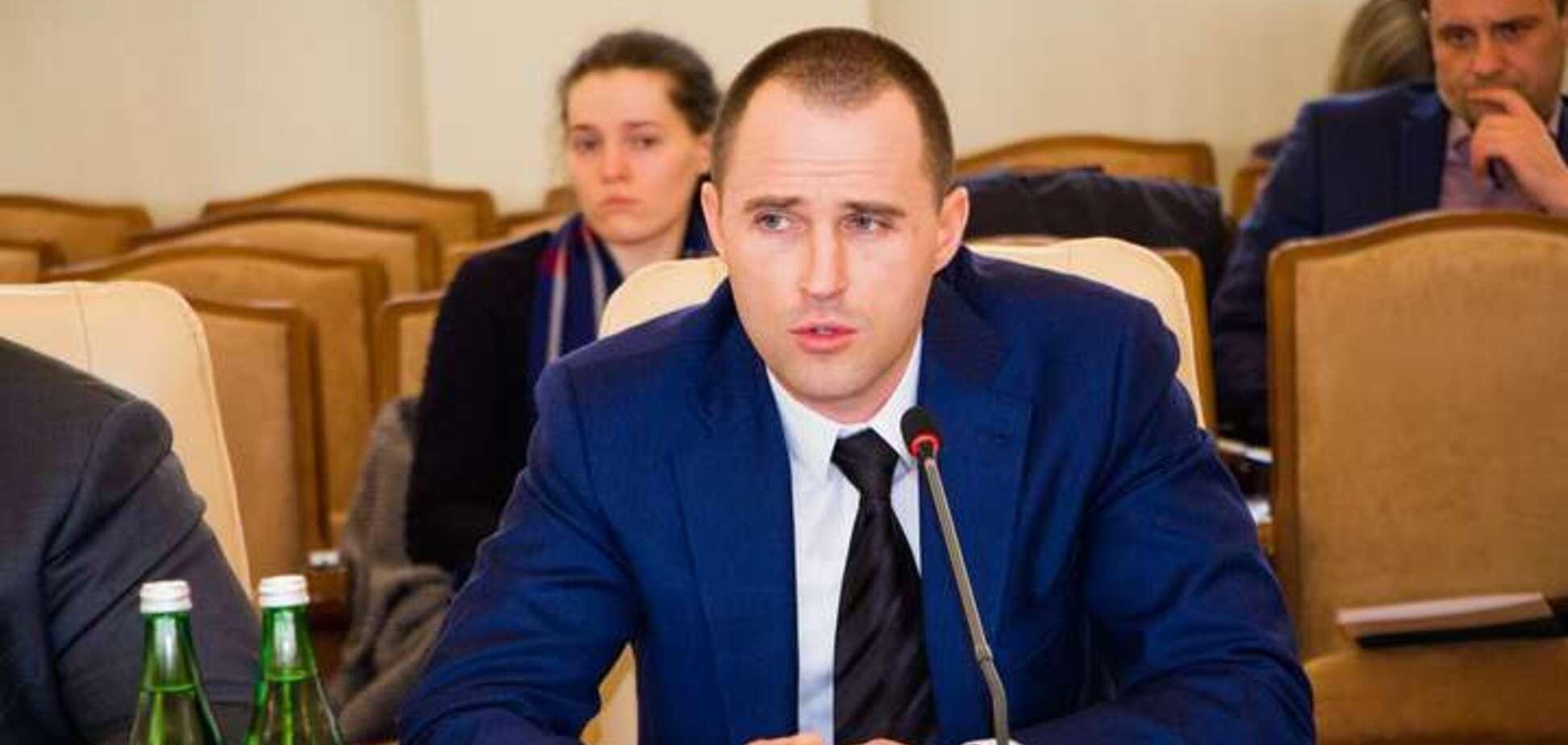 Кабмин уволил главу ГАСИ Кузьмина: чем оскандалился чиновник