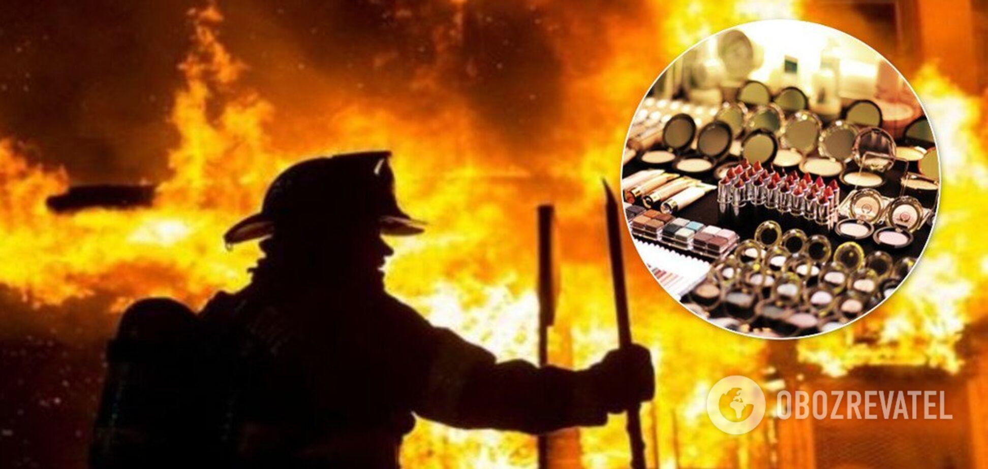 У Києві підпалили магазин із косметикою