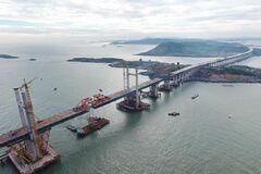 В 'запретной зоне' Китая построили <strong>самый длинный в мире</strong> <strong>мост</strong>: появились впечатляющие фото