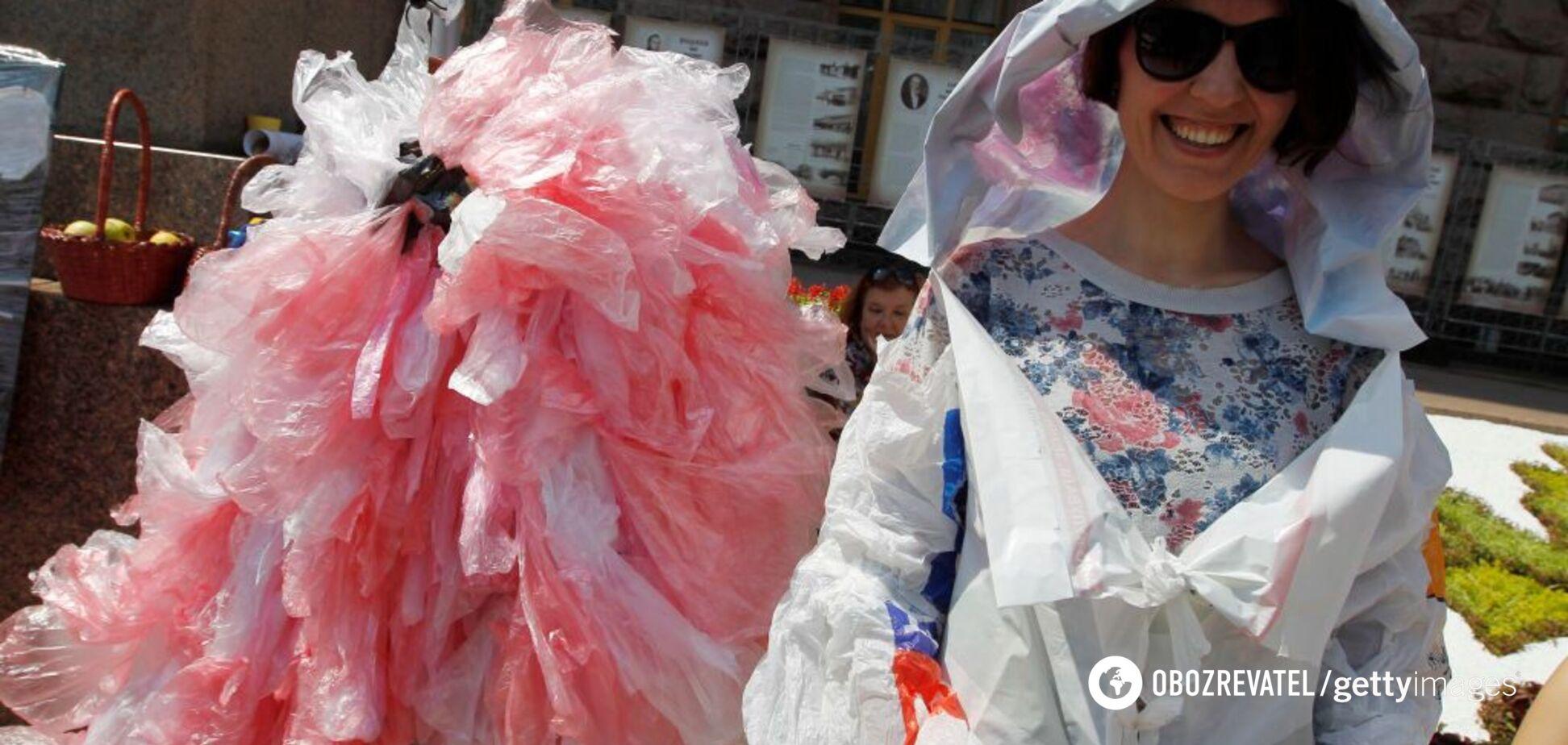 Опиняться під забороною: в Раді ополчилися проти пластикових пакетів