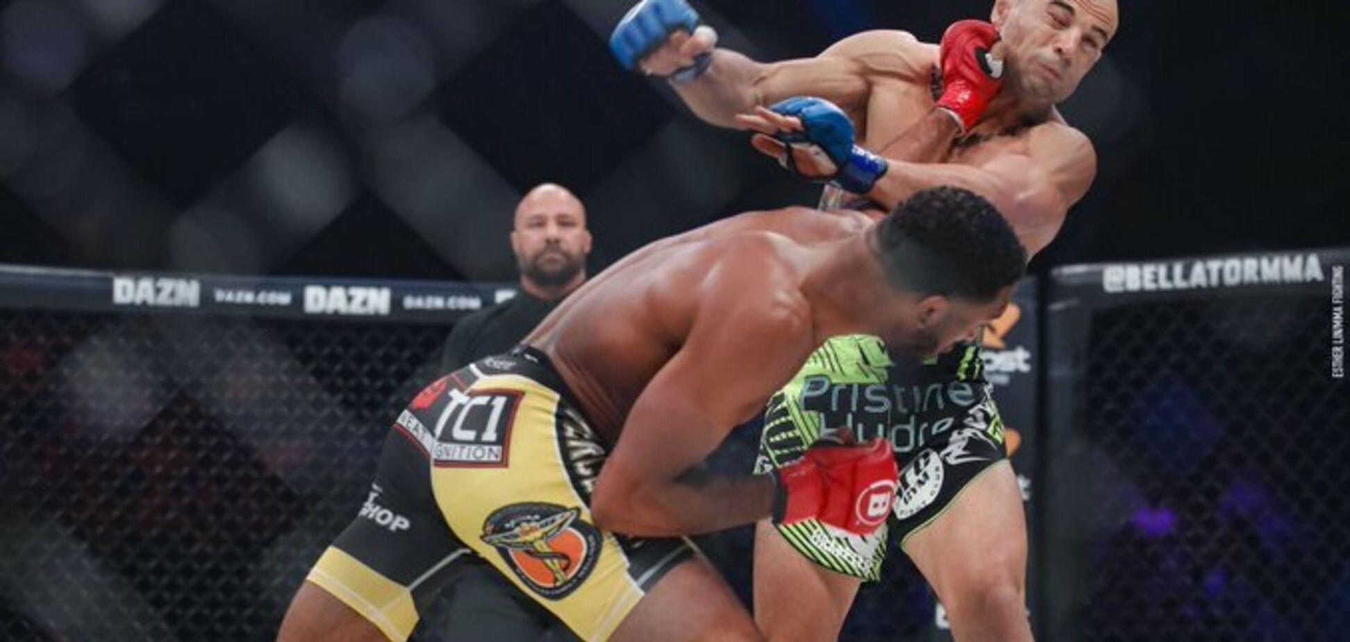 Боєць MMA убивчим нокаутом повторив історичний рекорд — опубліковано відео