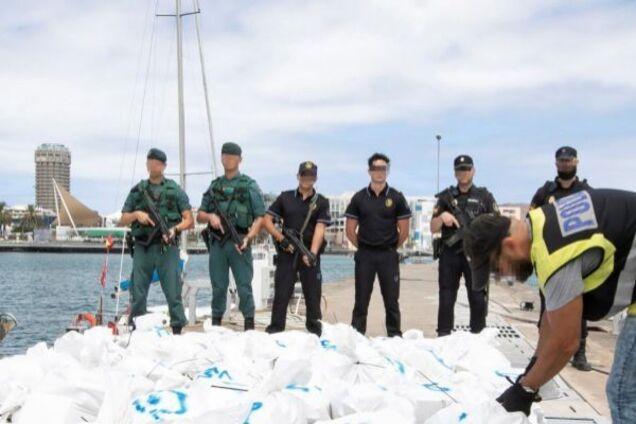Кокаин на яхте россиянина