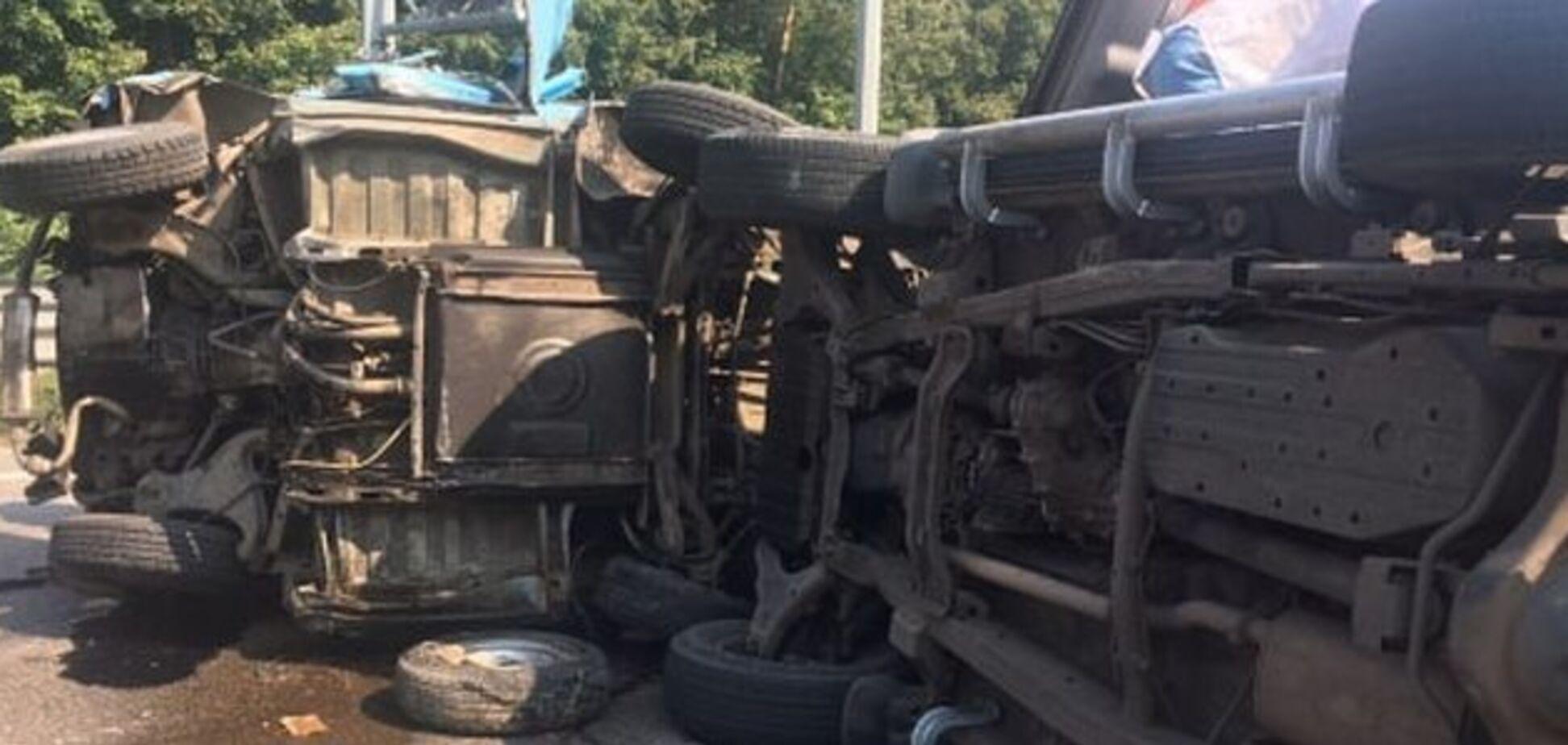 На трасі Київ-Чоп трапилася ДТП з п'ятьма авто