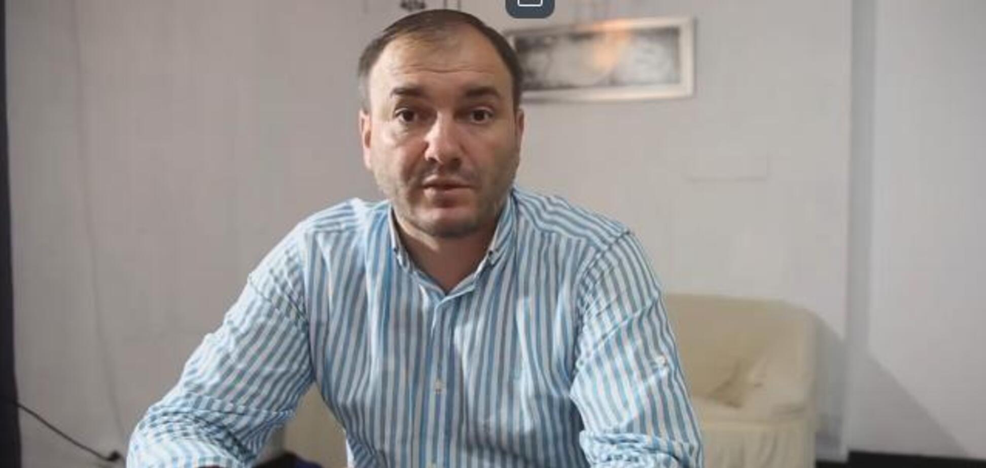 'Вийди, розбійнику!' Вигнаний Зеленським чиновник побив активіста