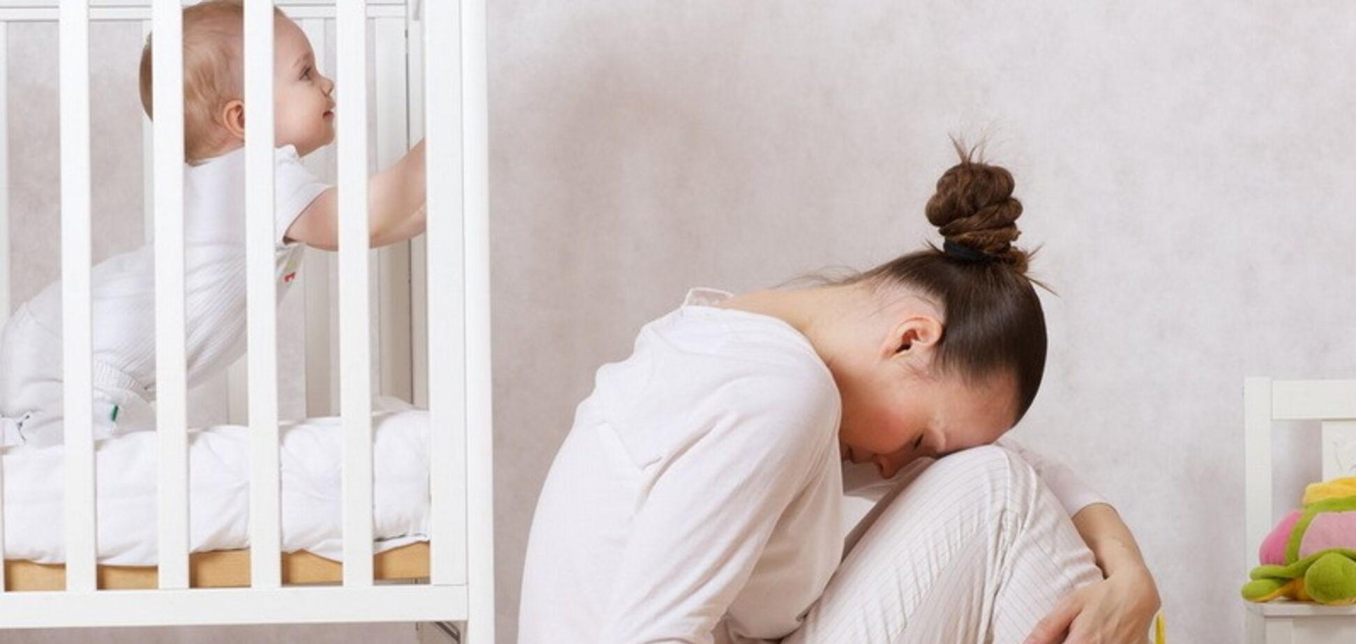 Послеродовая депрессия: причины и последствия