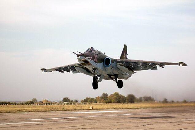 Штурмовик Су-25УБ
