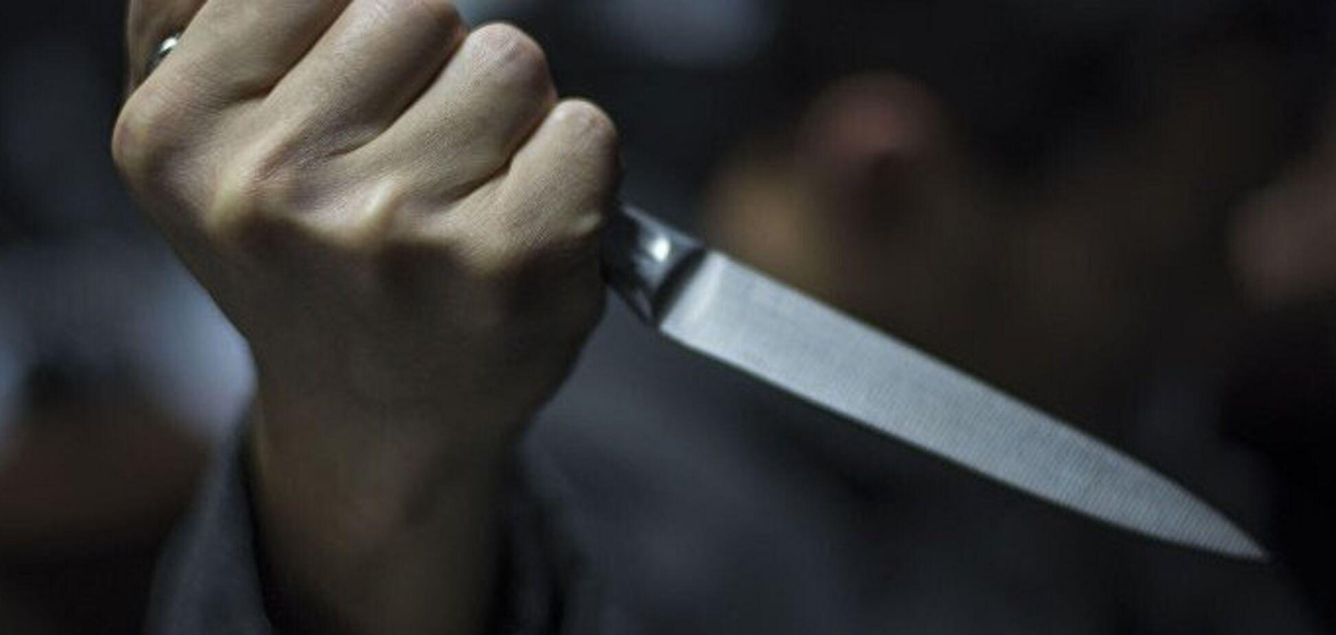 Ножем у груди: в Дніпрі хлопець по-звірячому розправився з друзями колишньої