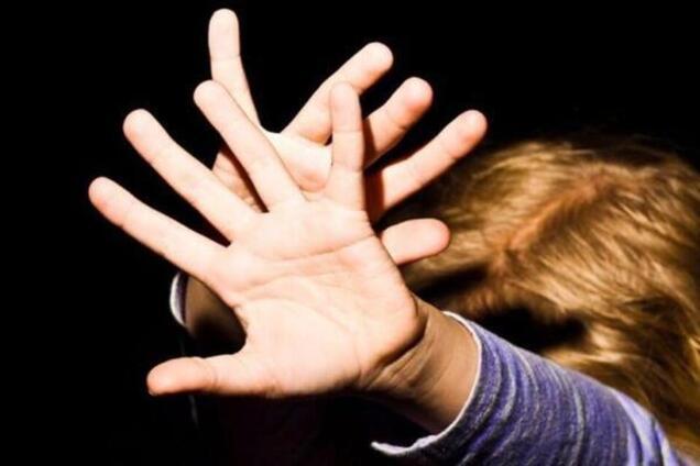 У Полтаві педофіл напав на дитину