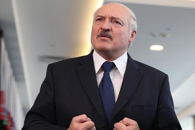 Лукашенко закрыл границу