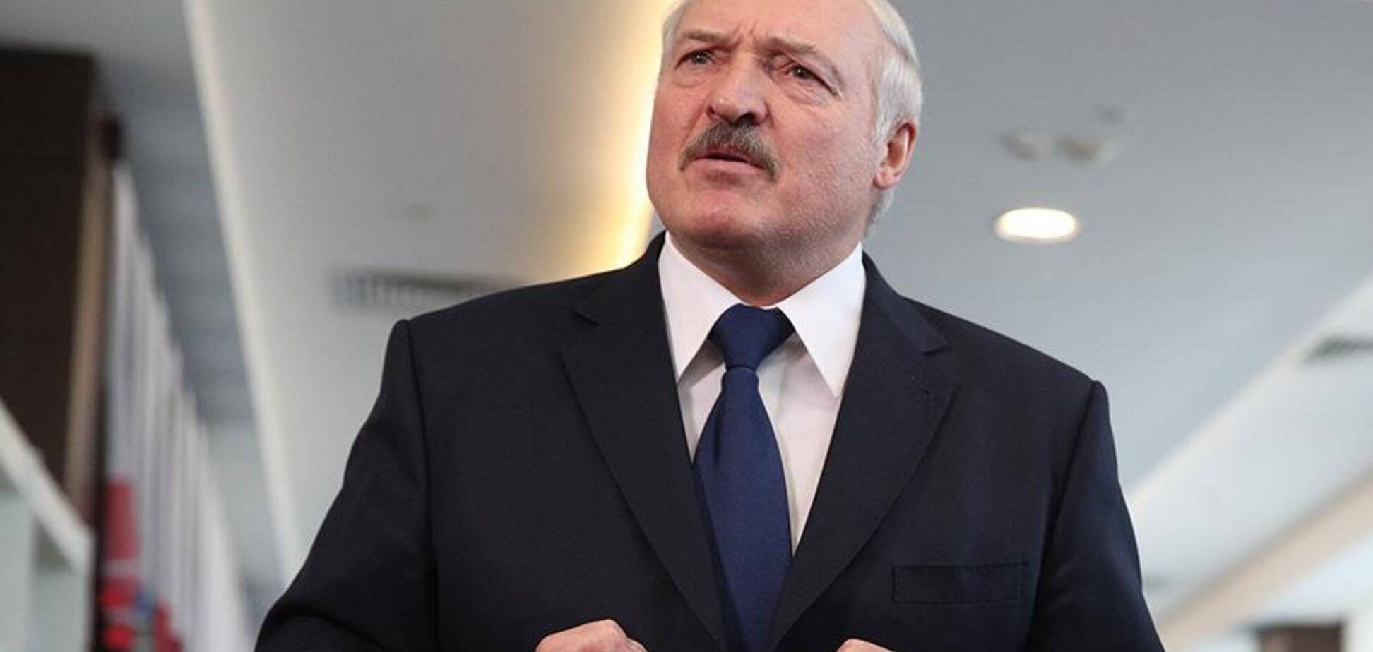 Лукашенко забаррикадировал границу с Украиной: кого не пропустят