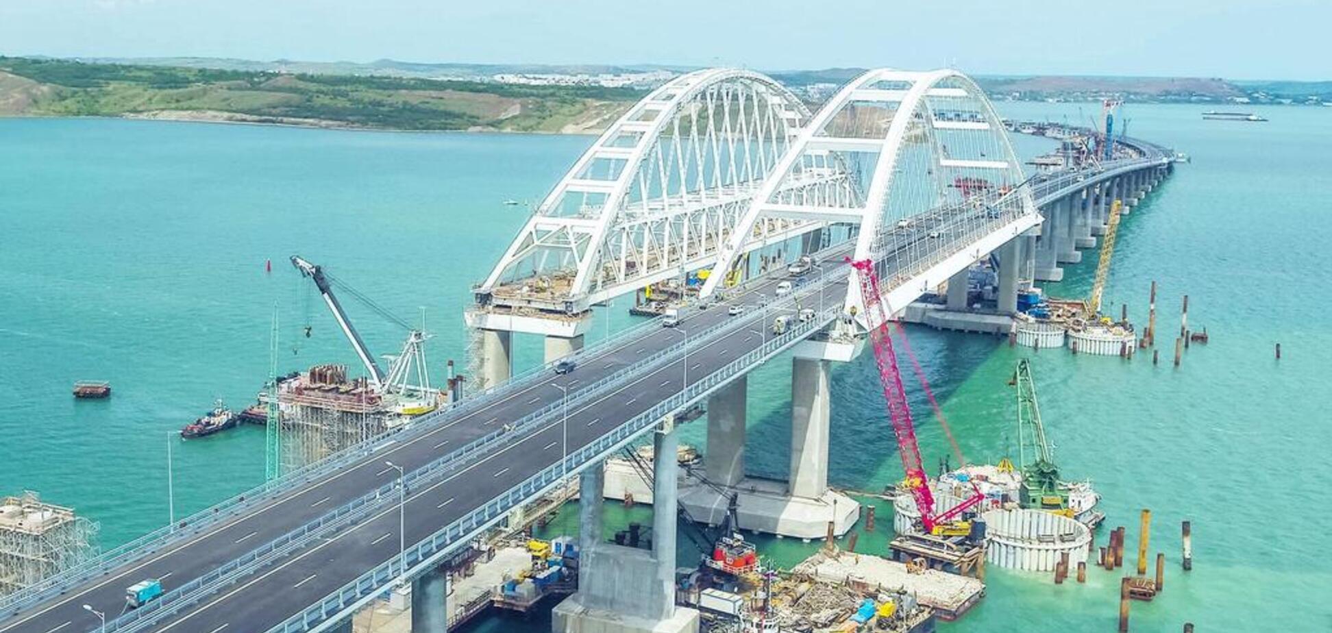 Кримський міст просів: у мережі почали бити на сполох через екокатастрофу