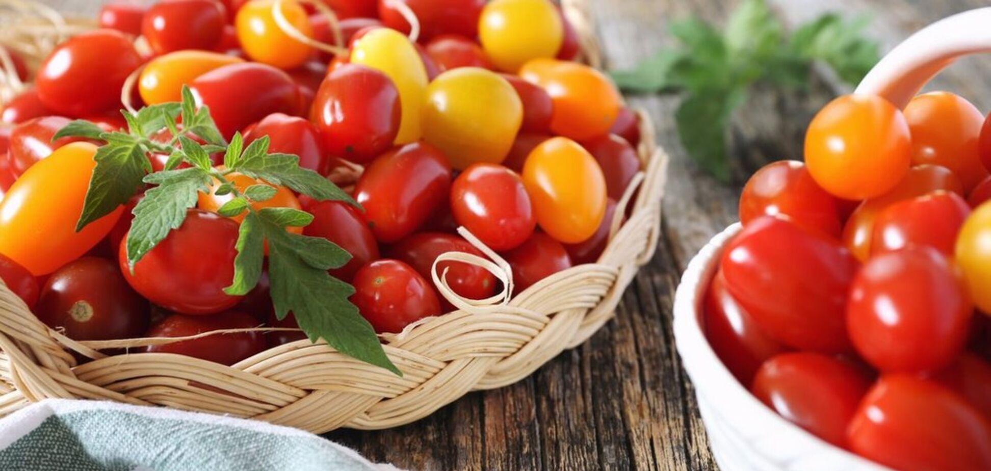 Рецепт найсмачнішого салату з помідорами
