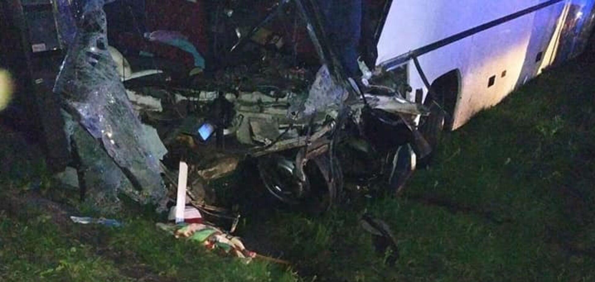 На Львовщине разбился автобус с детьми: много пострадавших, есть жертва. Фото