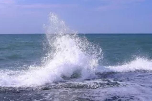 У Криму затонув прогулянковий катер
