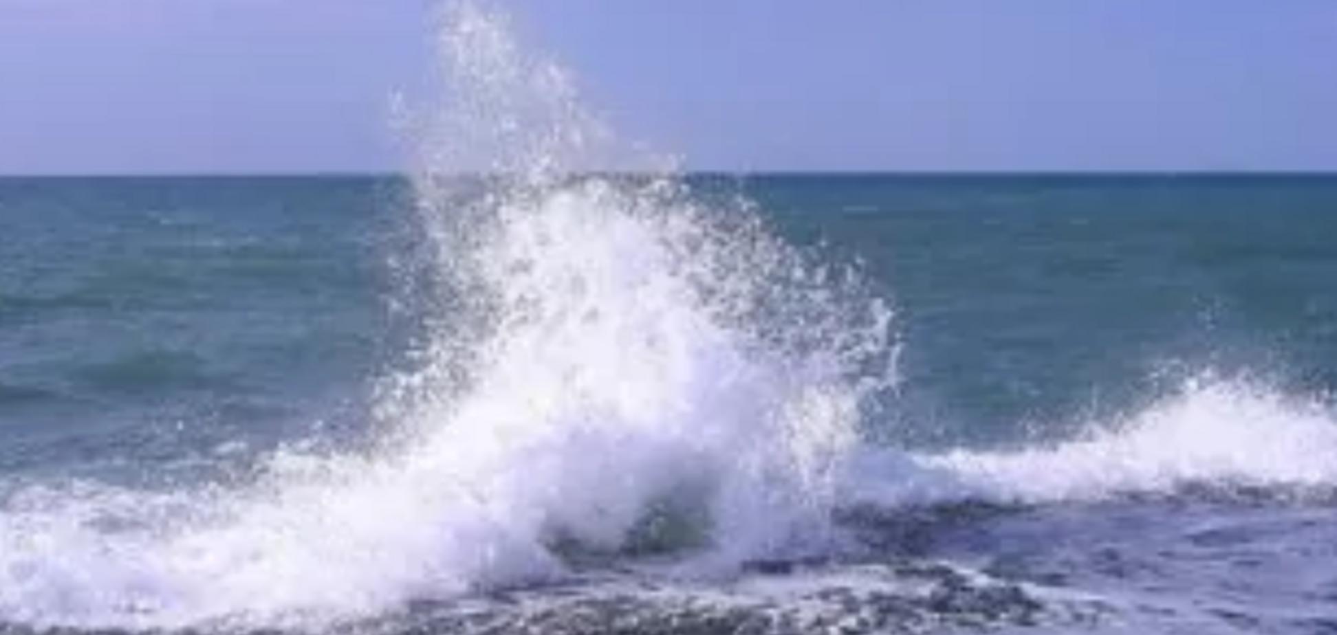 У Криму затонув прогулянковий катер: перші подробиці