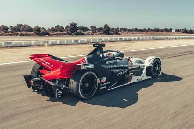 Экспериментальный болид Porsche 99X Electric для гонок Formula E