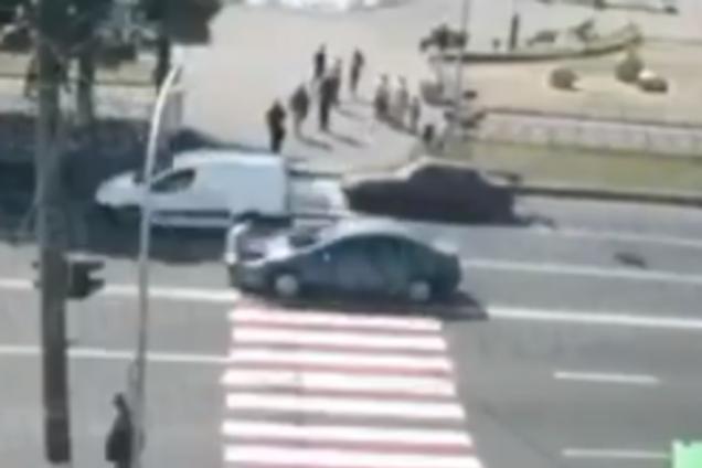 """Під Києвом авто на """"зебрі"""" збило чоловіка"""
