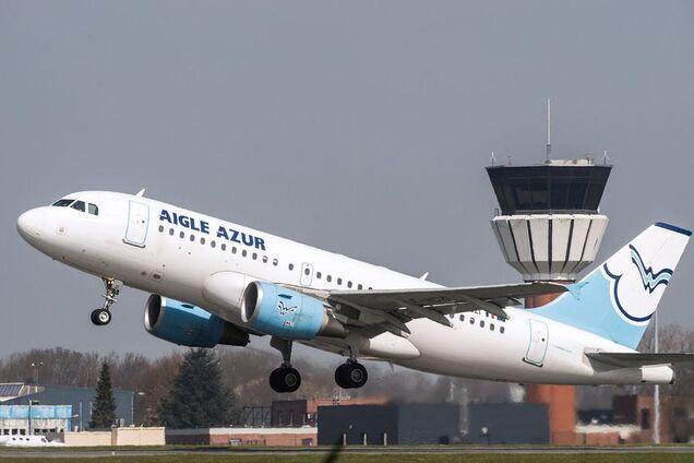 Самолет Aigle Azur