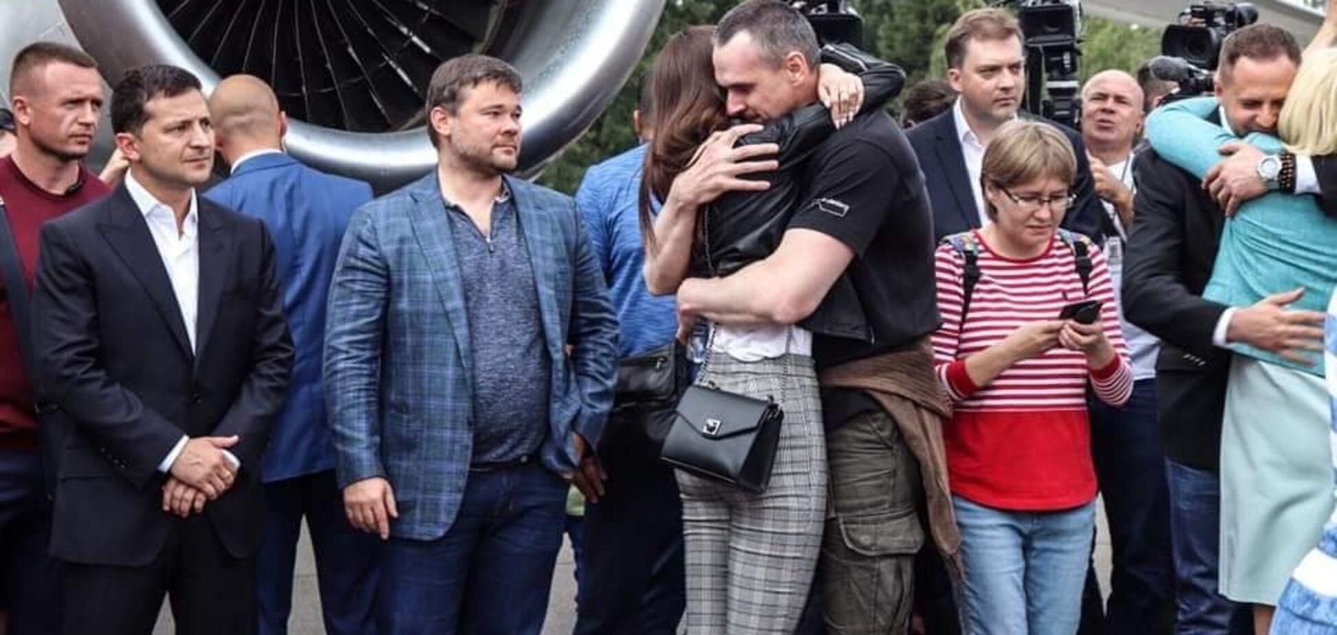 Украина и Россия встретили своих: почувствуйте разницу