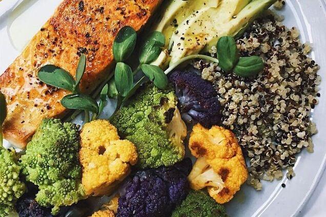 Откуда лишние 5 кг: диетолог назвала популярную причину