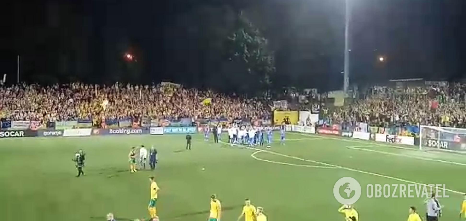 Сборная Украины совершила эмоциональный поступок после матча с Литвой - видеофакт