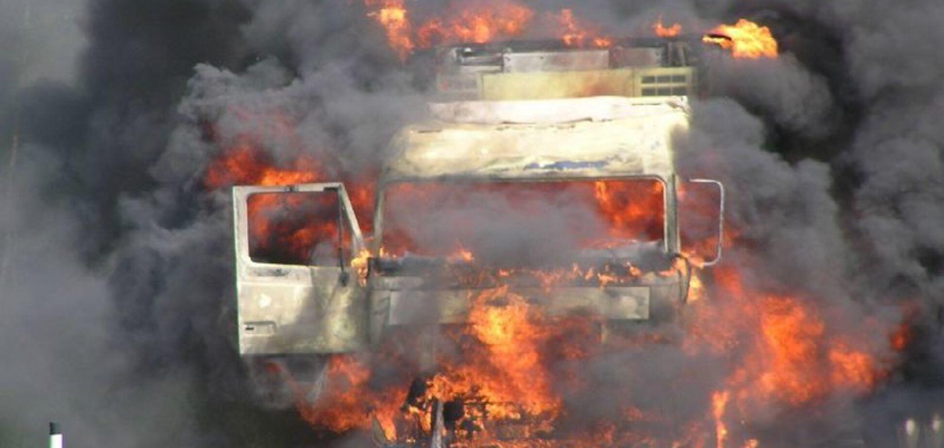 Загорілась на ходу: в Дніпрі сталася надзвичайна подія з вантажівкою
