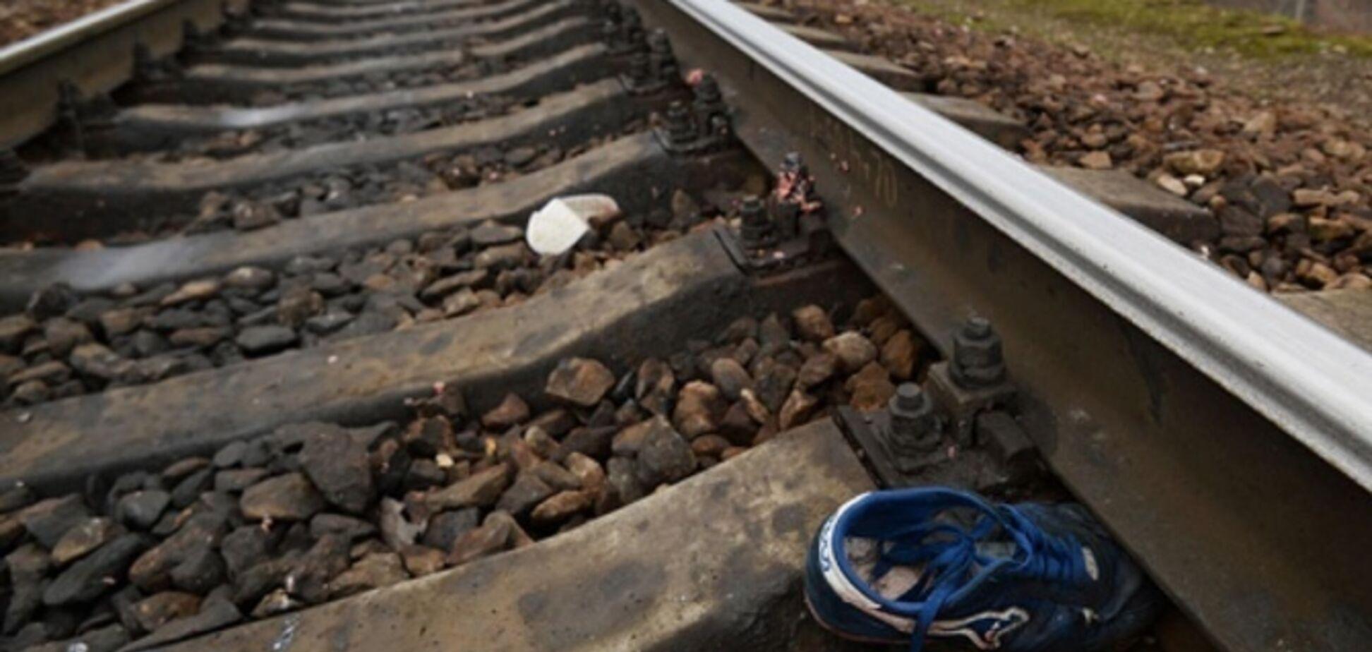 Розрізало навпіл: в Дніпрі чоловіка переїхав швидкісний поїзд