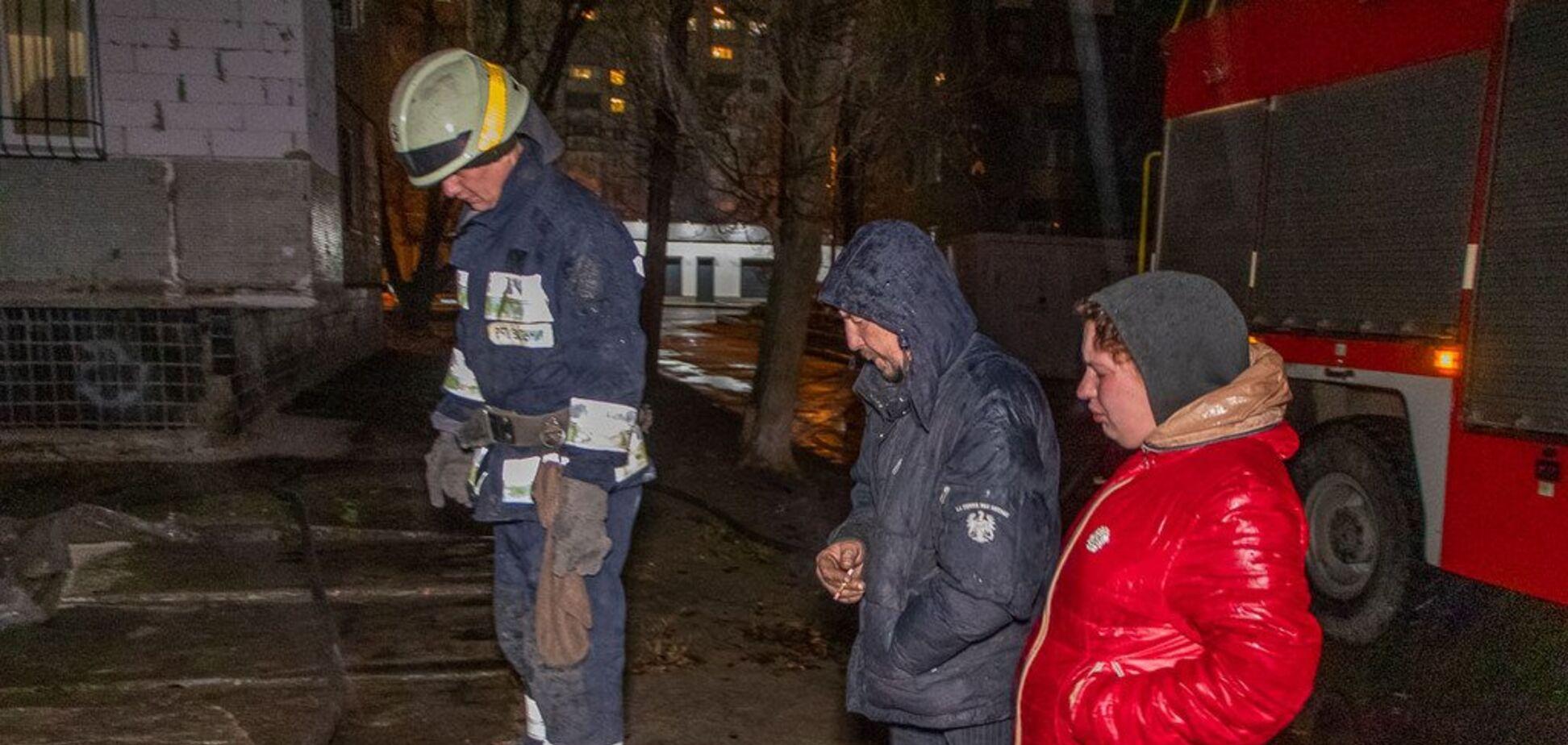 В Днепре горела теплотрасса: поджег спровоцировали бездомные