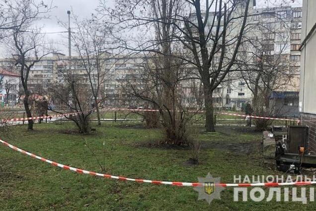 В Киеве в подвале обнаружили три тела