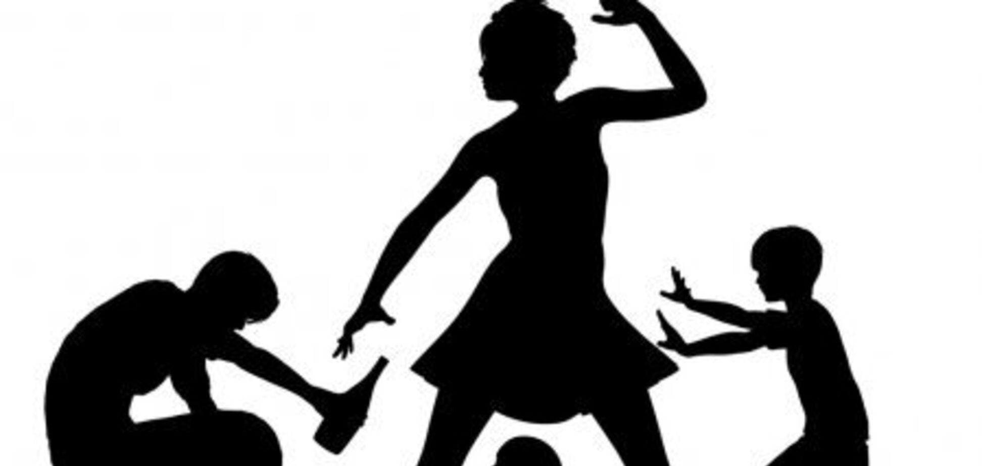 Под Одессой полиция запретила отцу общаться с детьми