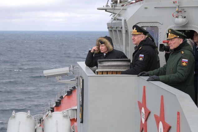 Владимир Путин на учениях Черноморского флота в аннексированном Крыму