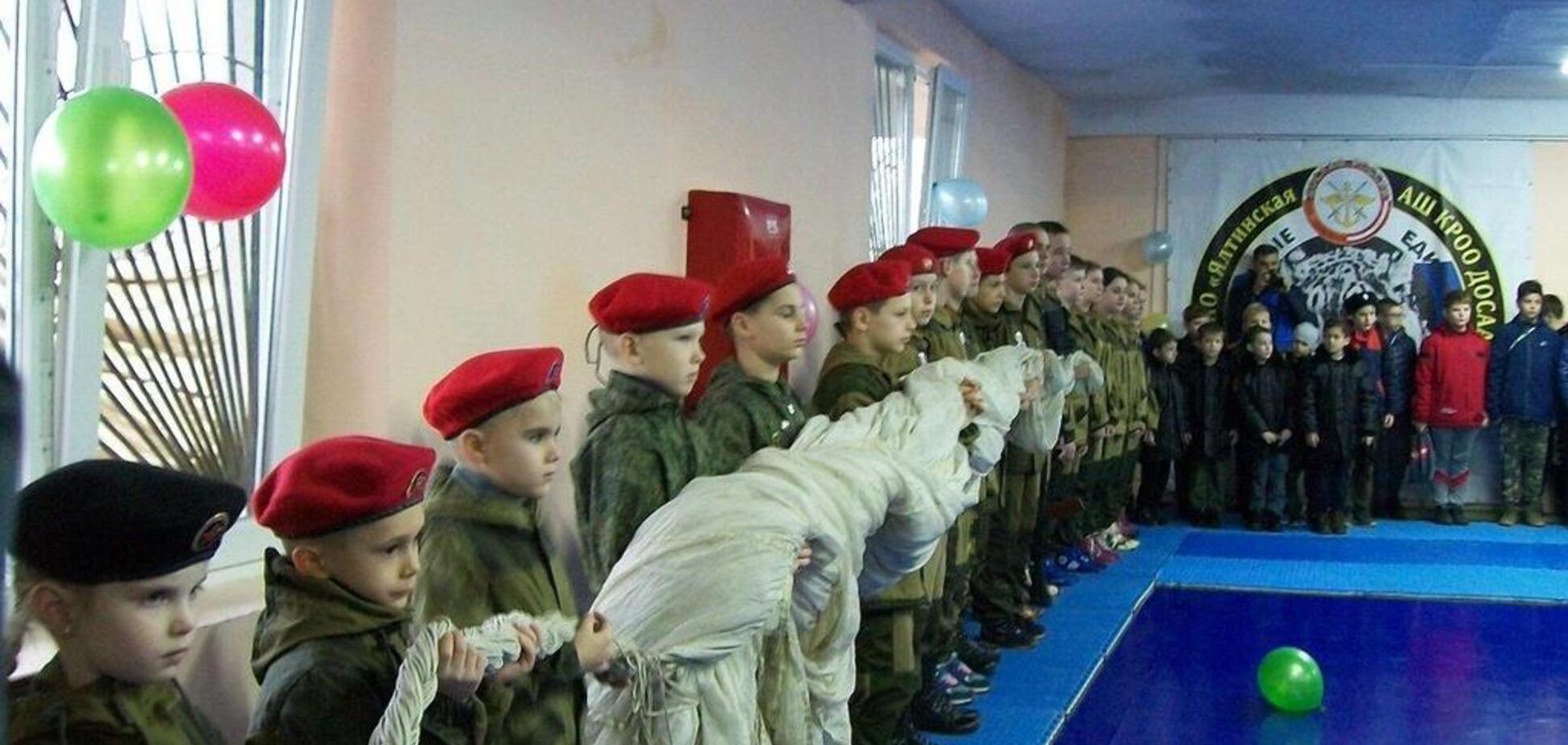 В сети всплыли показательные фото из Крыма