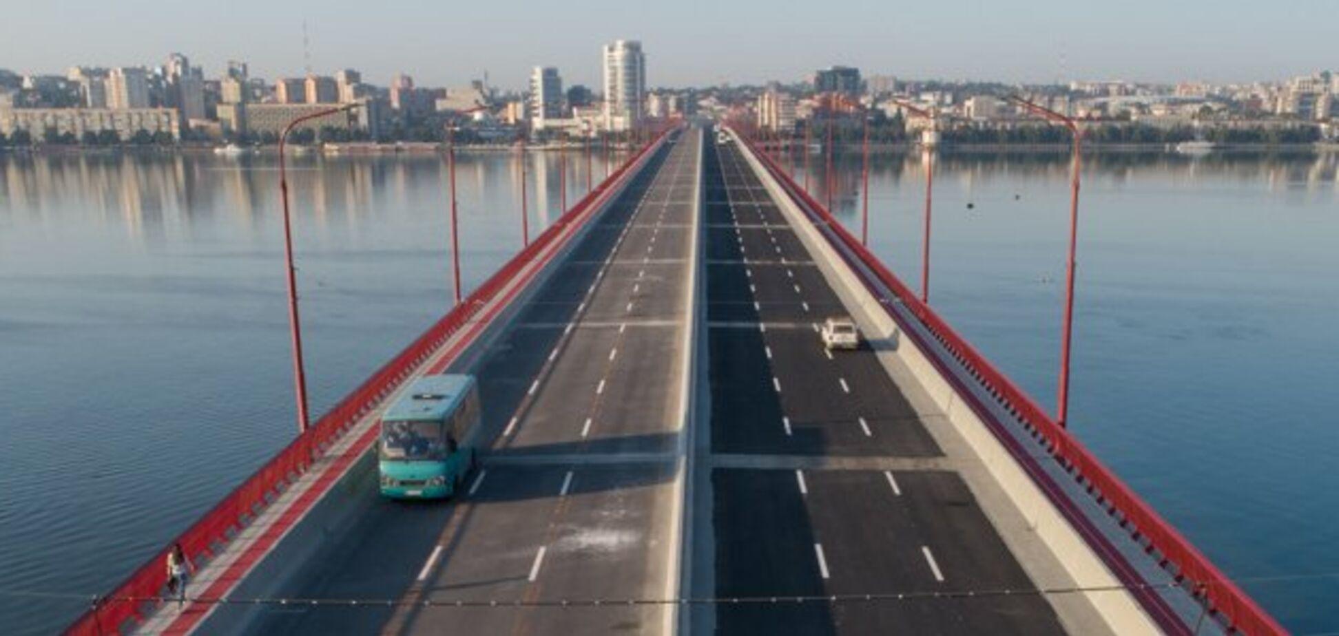 У Дніпрі відновлять ремонт Нового мосту: міськрада озвучила нові терміни