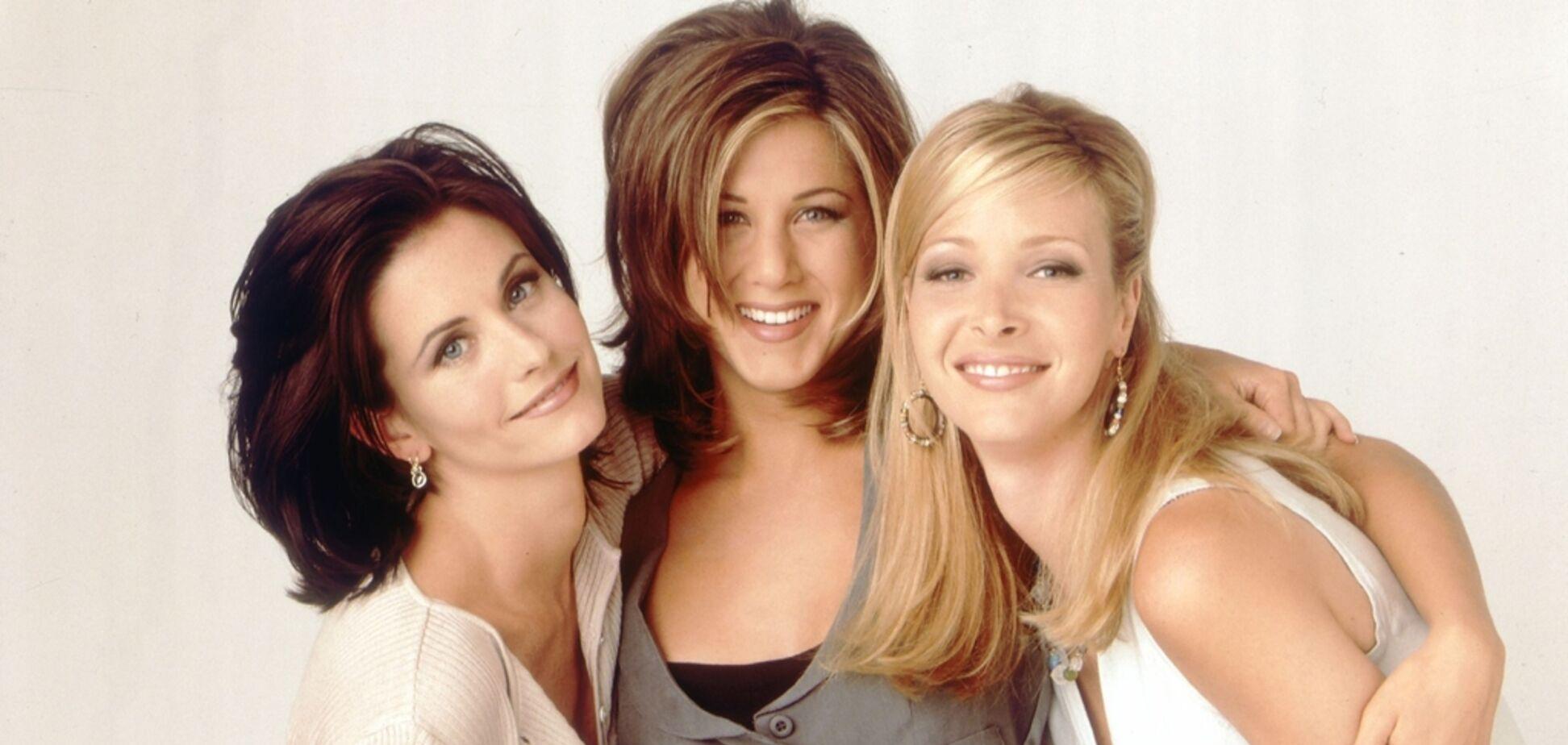 Спустя 16 лет: как сегодня выглядят Фиби, Рэйчел и Моника из 'Друзей'. Фото