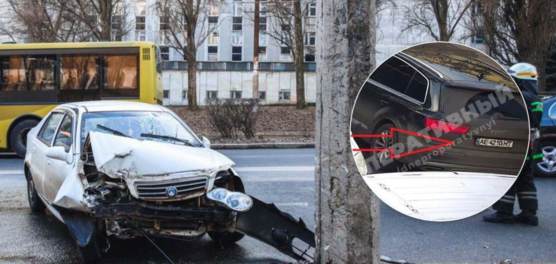 Авто в 'фарш' и много крови: в Днепре Geely на скорости влетел в столб. Фото и видео