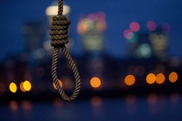 В Днепре школьник публично покончил с собой