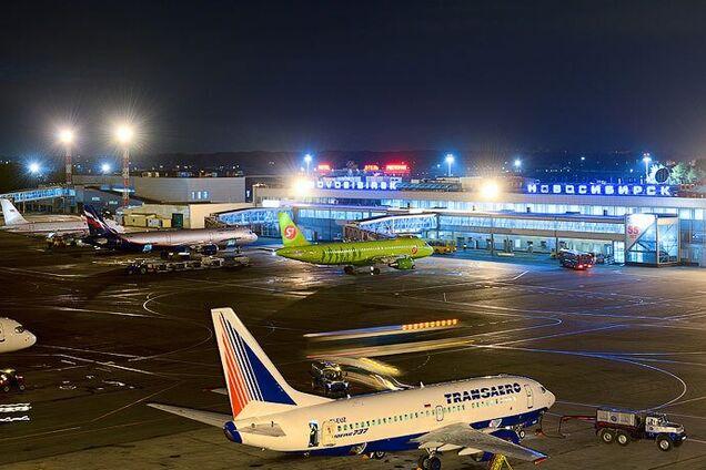 Аеропорт у Новосибірську