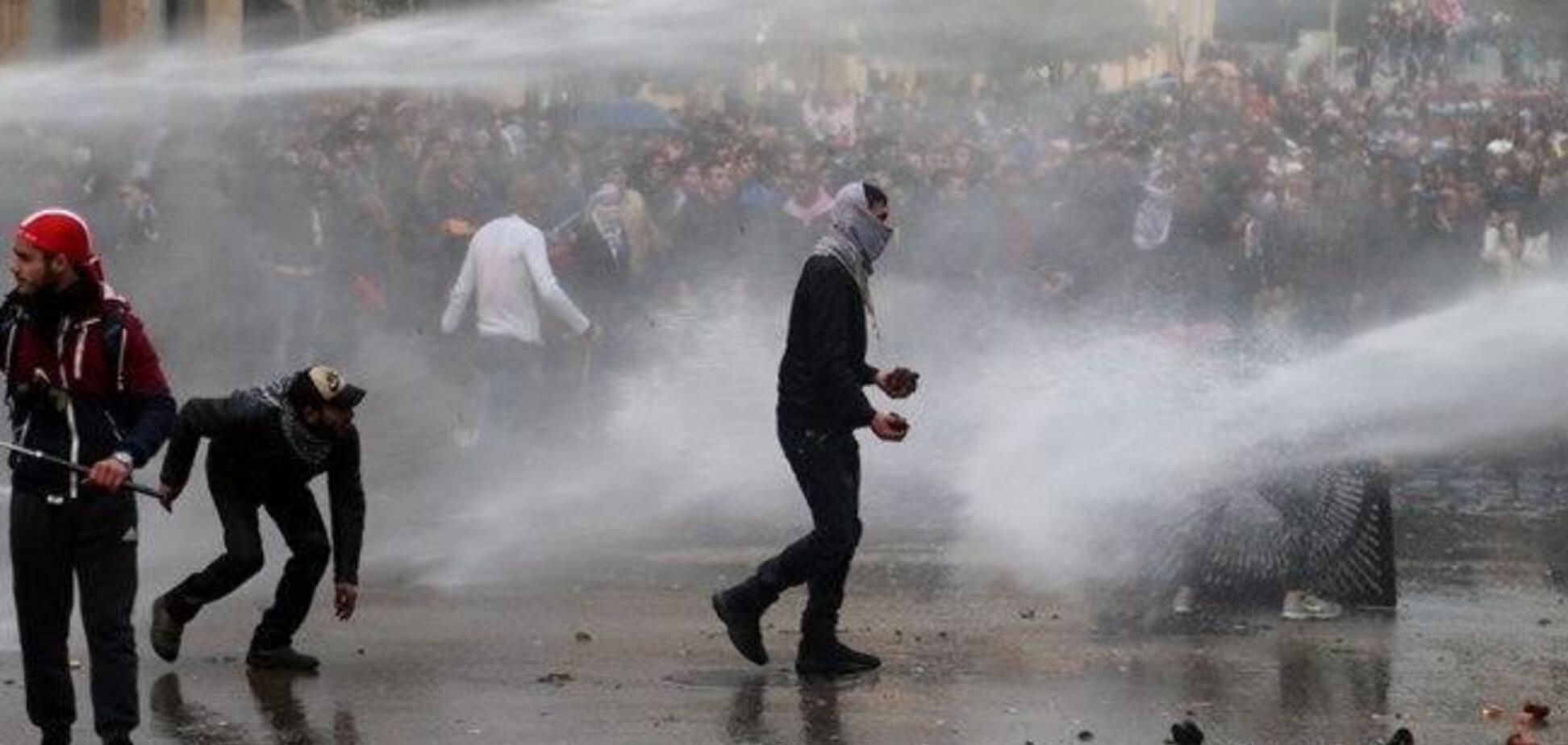 У Лівані розгорілися криваві протести: понад 200 постраждалих. Фото і відео