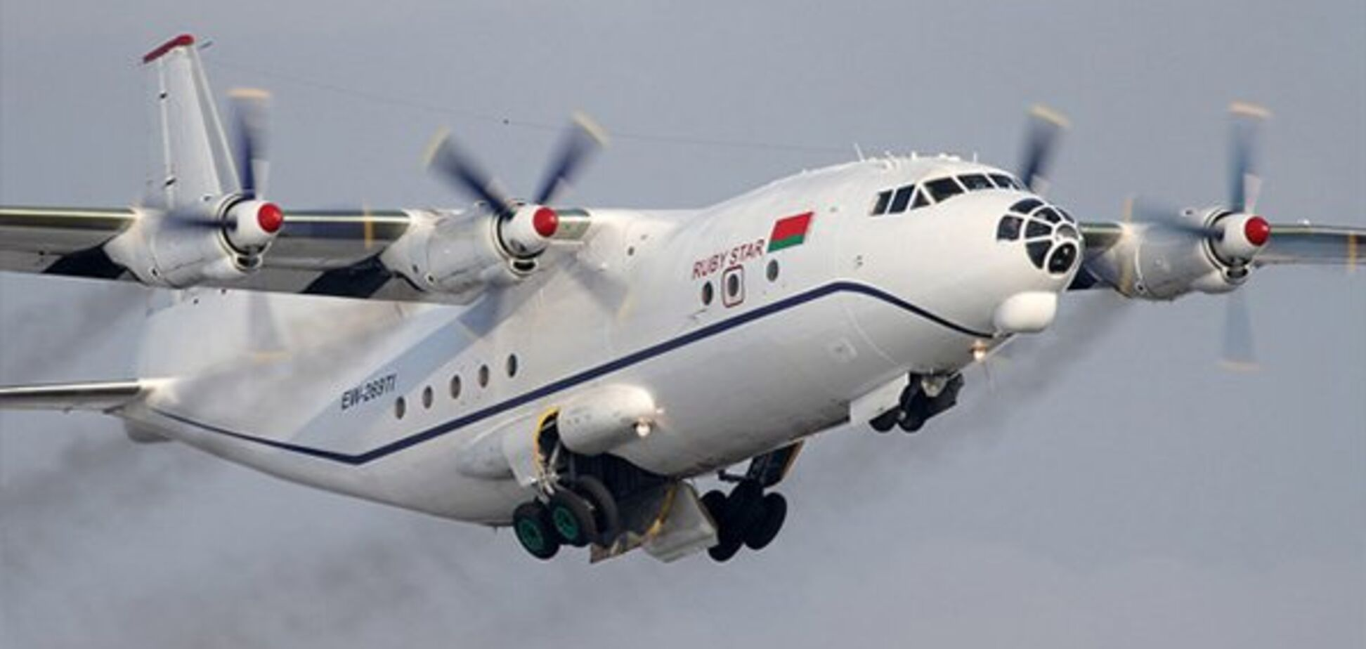 В Судане разбился военный самолет украинского производства с чиновниками: погибли 18 человек